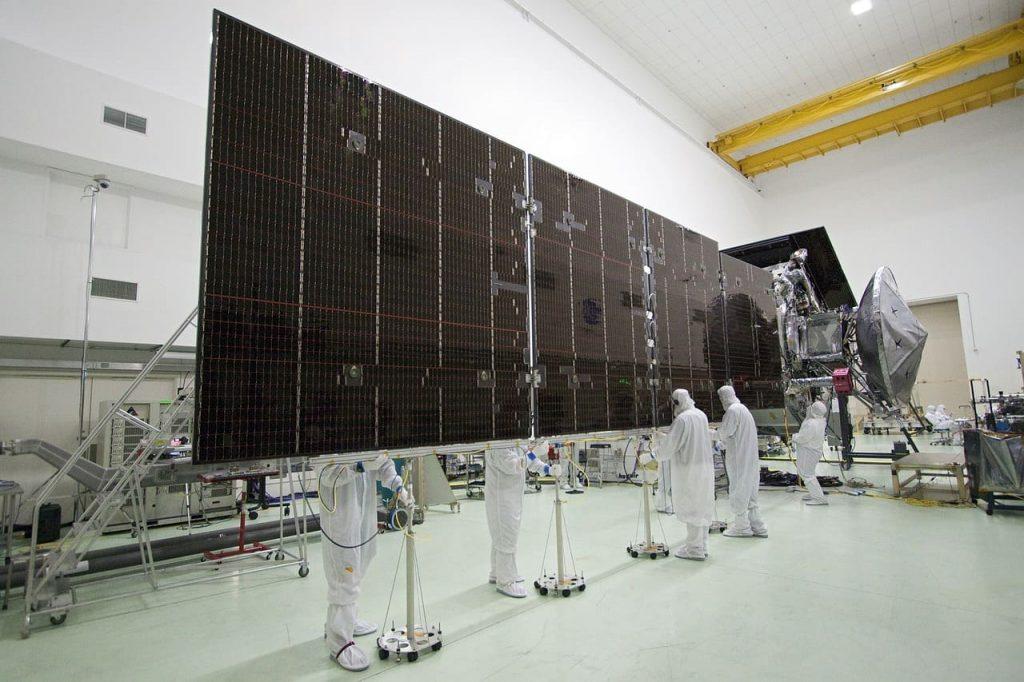 fabrication panneaux solaires hybrides