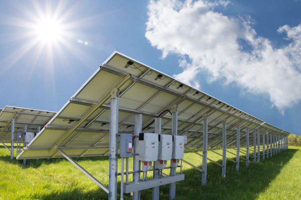 onduleur panneaux solaires
