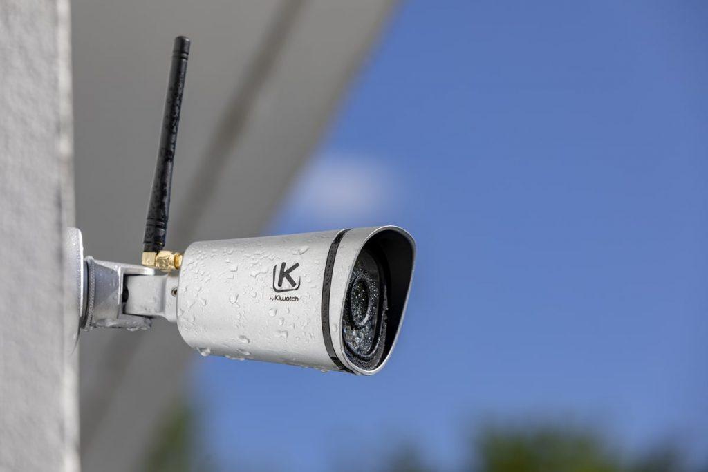 caméra de surveillance photovoltaïque