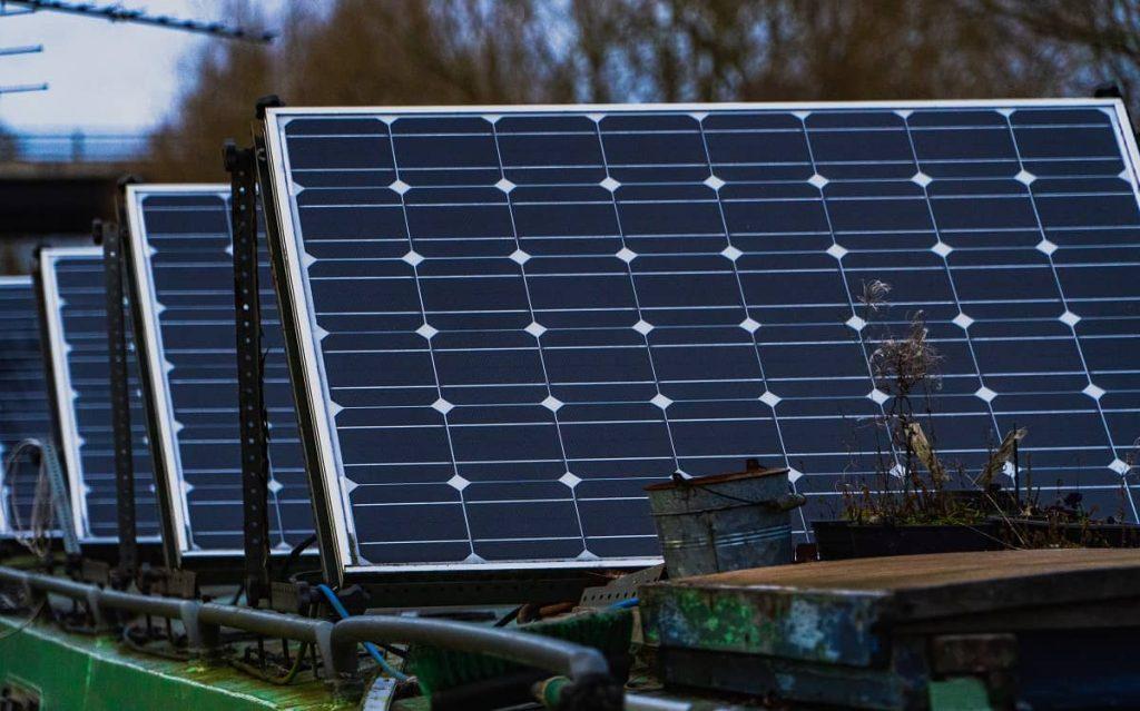 banque projet panneaux solaires