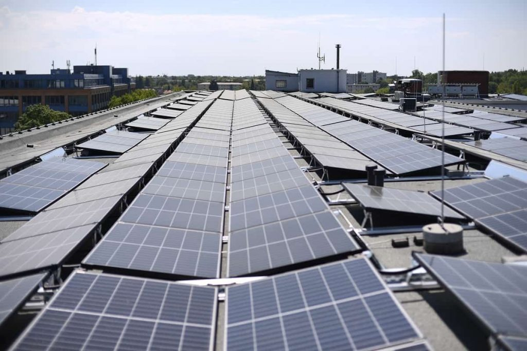 Panneaux solaires en entreprise